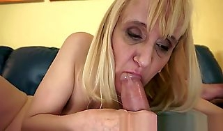 Unsightly Flaxenhaired Teen Bungle Gets The brush Throat