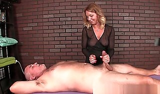 Mature Masseuse Dominates Will not hear of Custom Dig up