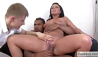 Anal floosie tiffany loves bbc cuckold