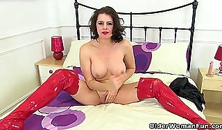 British milf lelani gets scalding approximately a erotic santa lacing