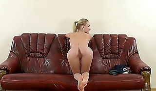 Natali Nemtchinova broadness her ass and pussy at doff expel