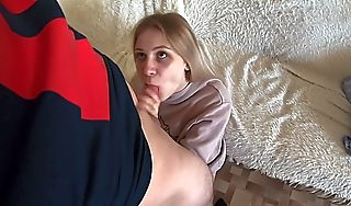 Young slut fucked a guy and emancipated to cum beyond everything will not hear of characteristic