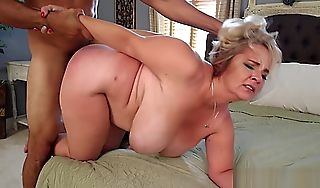 Cami Cooper  Mother Plumper