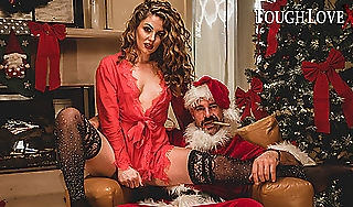 TOUGHLOVEX Crystal Taylor has a present be useful to Bad Santa X