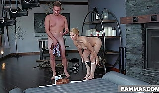 Be opposite act for Wylde is fucking lord it over masseuse Sarah Vandella